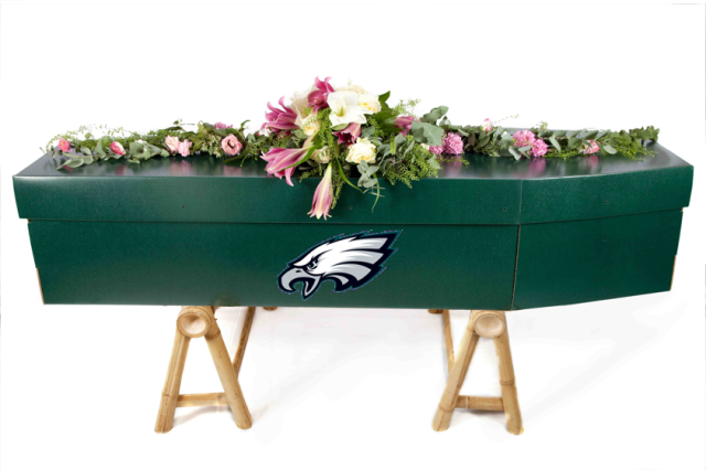 Show that you're a fan, not for life, but FOREVER!  This Eco-friendly coffin is made of 100% post consumer materials and is dyed with 100% natural dye.  Will not pollute the Earth while you root for the Eagles for all eternity!